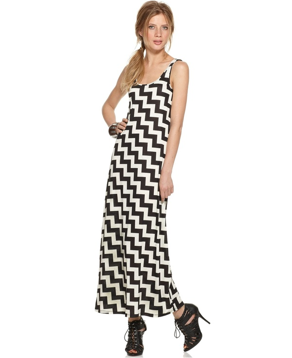 Zigzag maxi by Bar III