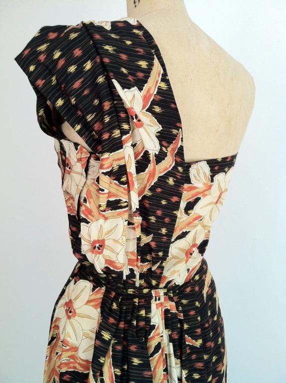 1940's Vintage Hawaiian Dress