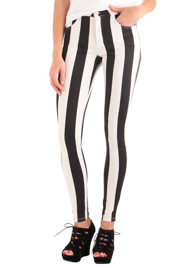 You've Got It Down Pattern Pants by Motel UK