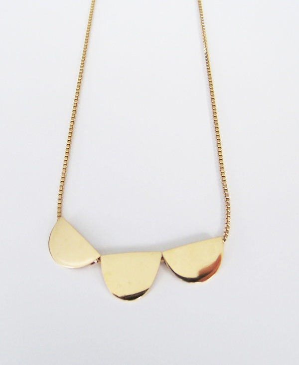 Oh I Love That Gold Necklace by Michi Girl