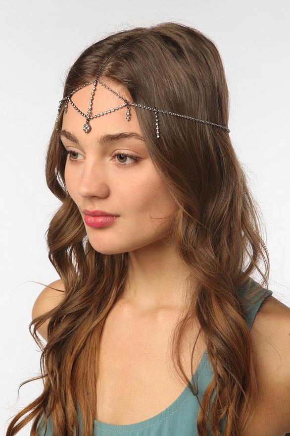 Rhinestone Goddess Chain Headdress from Urban Outfitters