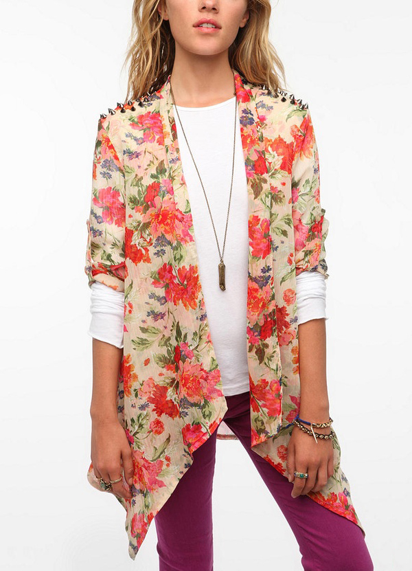 Reverse Studded Shoulder Floral Jacket