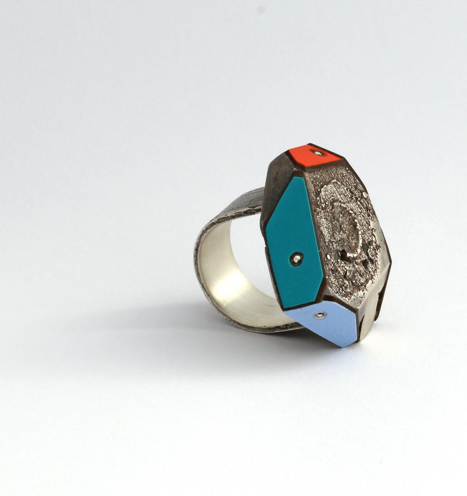 'Cuba St' ring by Vanessa Arthur