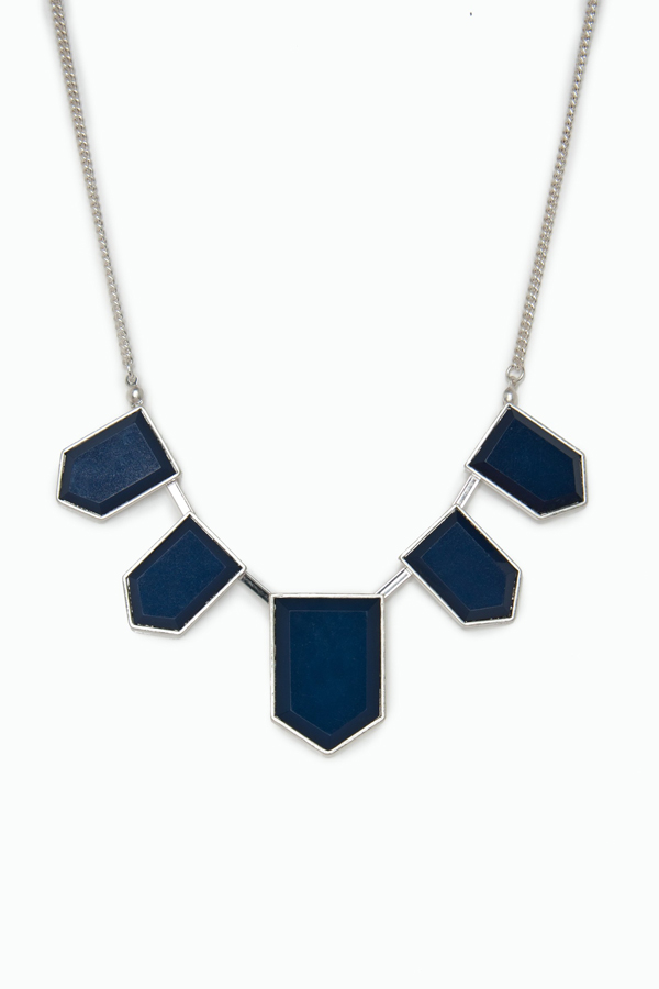 Moderna necklace from Sosie
